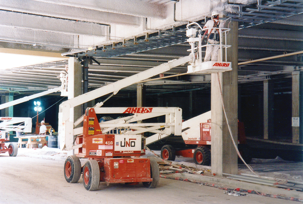 Snorkel introduces the UNO articulated boom lift